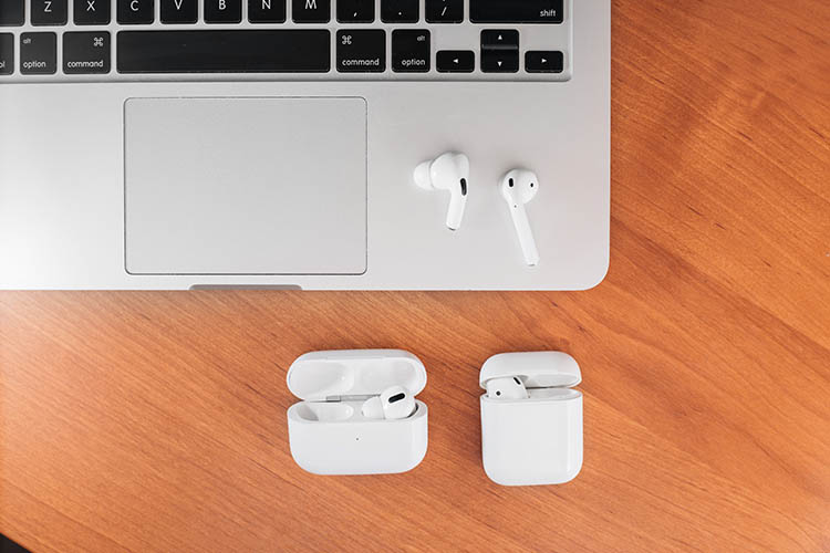 AirPods and AirPods Pro On Laptop
