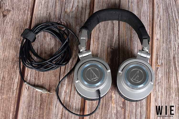 Audio technica M50 Flipped with cable